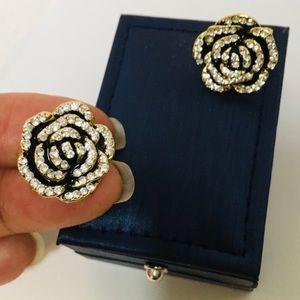 Jewelry - ⚜️Stunning Diamond and Gold Gardenias⚜️